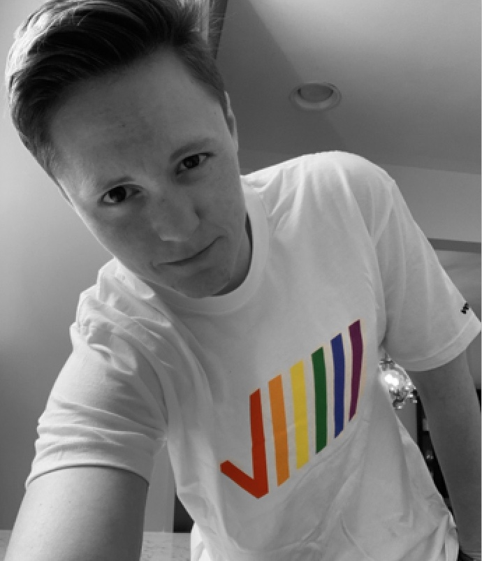 """Verizon is proud to support the LGBTQ+ community. V Teamer Melissa D. says: """"Verizon was always one step ahead of the world. They reassured me that my family would be recognized the same as any other, with the same benefits,"""" #vzcareers #VerizonInclusion https://t.co/gyLFu1OfLs https://t.co/pNhdQGqWsv"""