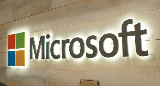 Microsoft gets serious about Skills . 25 Million people get free content, with much more to come. (PS: Read about Learning in Microsoft Teams) https://t.co/jIOgvp2S21 https://t.co/JX3XWqrHEX