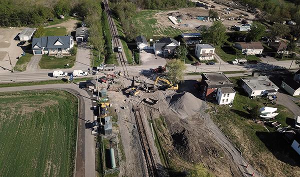 [Exo en action cet été] Les travaux ont repris sur le chantier de la nouvelle gare à Ville de Mirabel ! Ce qui nous attend en phase 2: La construction du quai ferroviaire, du stationnement et de la boucle d'autobus. Toute l'info 👉 https://t.co/aVxoJxFSpC https://t.co/wPgyUBbEqh
