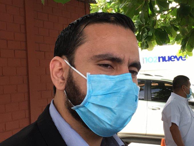 Ministro Alabí insiste en confinamiento, médicos proponen cuarentena focalizada