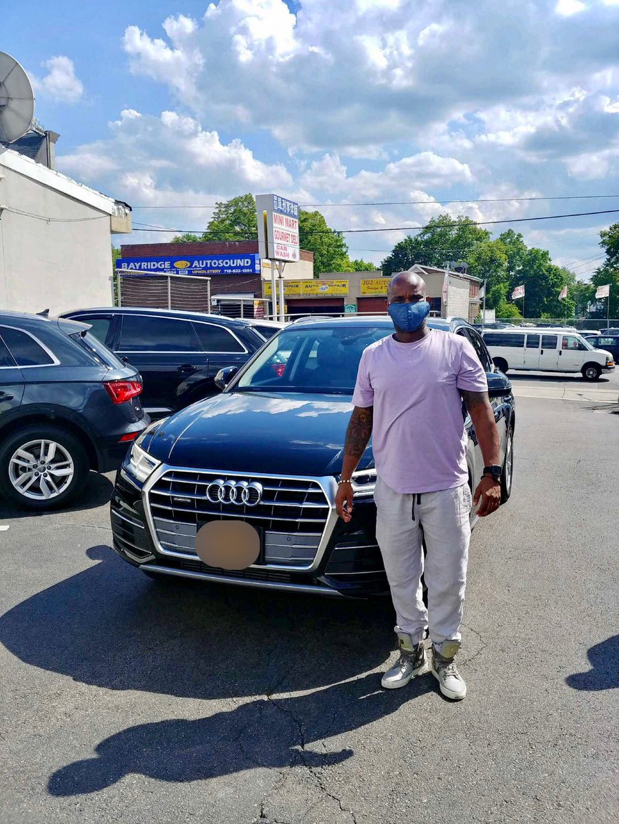Congratulations! #AudiBrooklyn #BayRidge #Audi #Brooklyn #NYC  #AudiQ5  #AudiA4  #New #AudiSQ5 #PreOwned  #LuxuryCars  #NewYorkCity #FastCars pic.twitter.com/v3JbIf3aGl