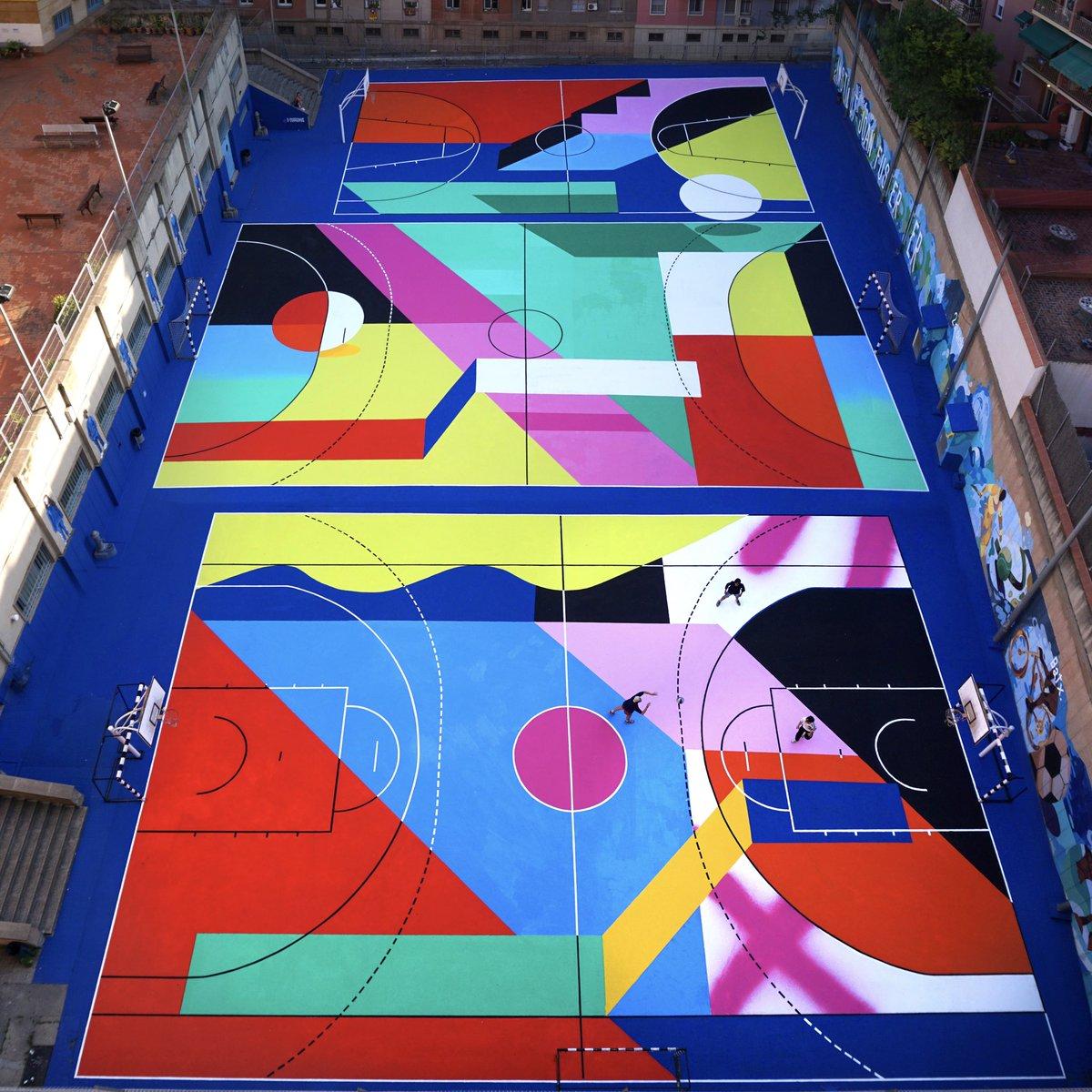 Arte urbano como herramienta de cambio. Y el cambio en el barrio de La Sagrera (Barcelona) ya es una realidad. Cuatro meses demostrando en las calles y desde casa que el cambio es un deporte de equipo.   #adidasSuperstar  #ChangeIsATeamSport   https://t.co/pxpwvd5nNg https://t.co/xHZEkZrPe6