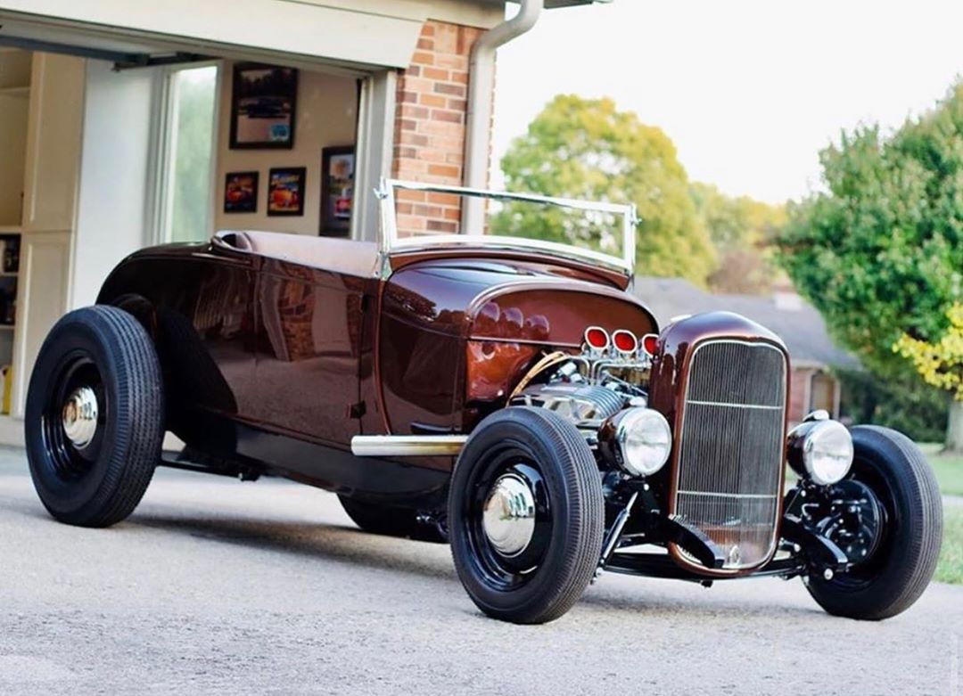 1929 Ford on a 32 Frame. . . . . From @theclassicatpismobeach Via @cline.matt https://t.co/efT05kcwNG