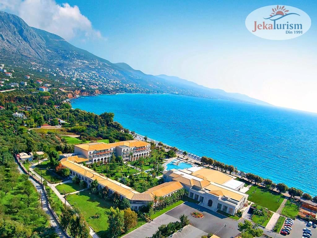 GRECOTEL FILOXENIA 4*  din #Peloponez, #Grecia  este destinația ideală pentru o vacanță liniștită și plină de vibe pozitiv   Hotelul este înconjurat de o grădină superbă cu palmieri și vegetație luxuriantă  35% Reducere #EarlyBooking https://bit.ly/2NG1wGLpic.twitter.com/rZc2iwNpVe