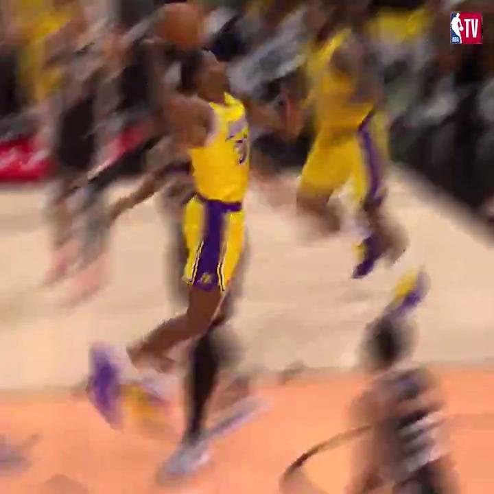 "LeBron James'ten Dwight Howard'a enfes bir ""No Look Pass"" 👌  https://t.co/t0uVjGAPTx"