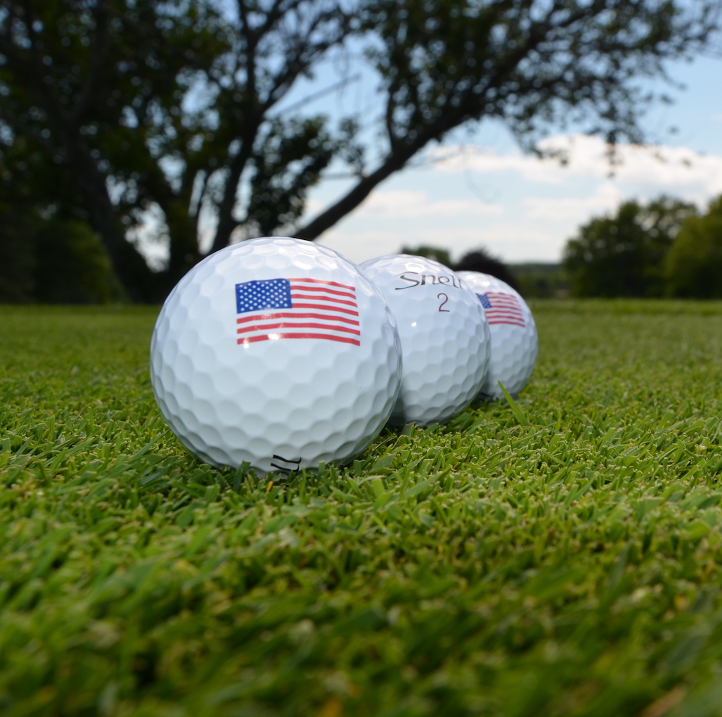 #July4th #GiveawayAlert Celebrating with a giveaway contest including an @SunMountainGolf golf bag and 3 dozen golf balls of your choice! Two runners-up will be chosen as well! Entries through 7/6! ENTER HERE: https://t.co/wjqhvHnxr3 https://t.co/yQXzVJygpi