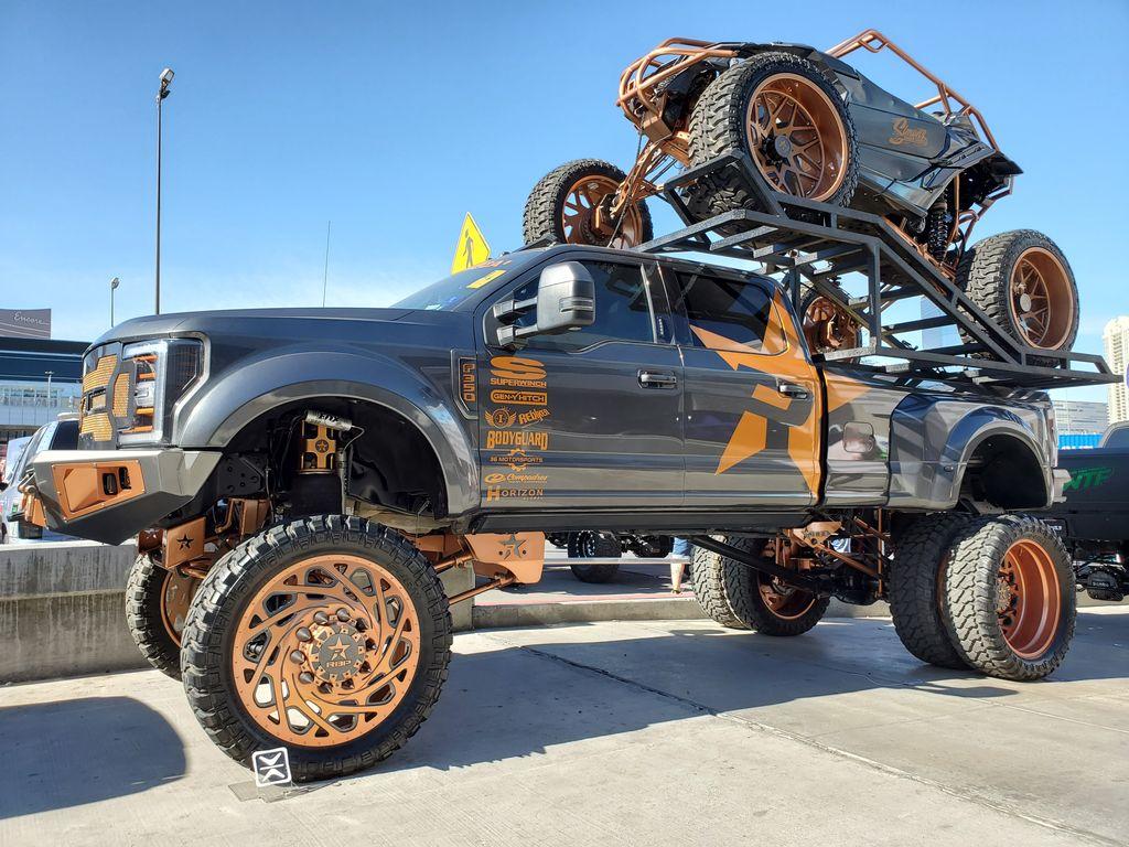 Do you got a color matched ATV? . . #alligatorperformance #alligatornation #eightlugmafia #8lug #8lugmafia #trucks #trucksluts #truckporn #trucklife #diesel #dieseltrucks #dieselpower #diesellifepic.twitter.com/m7ULz2QpJY