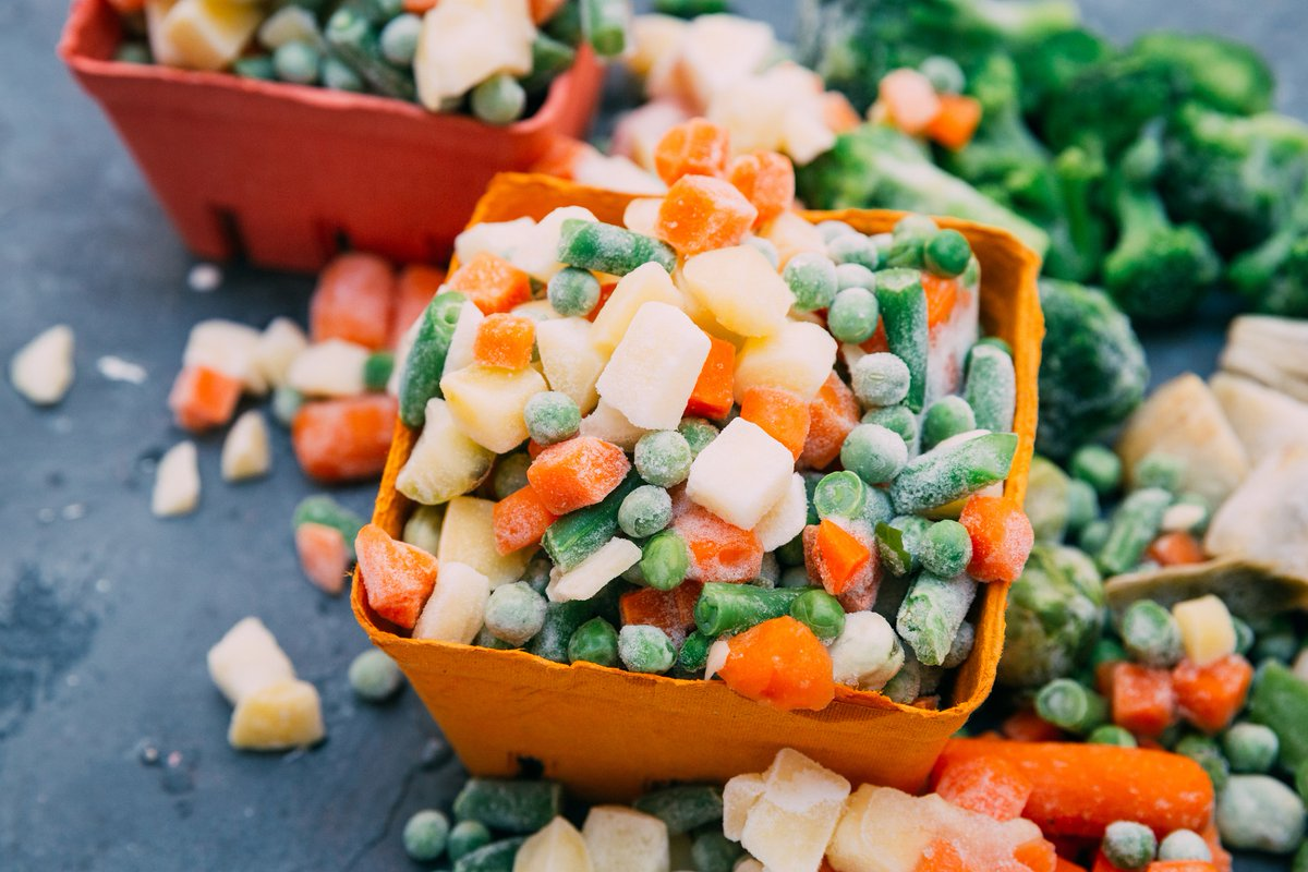 Learn the difference between fresh & frozen veggies. Click here http://www.tribalfitafrica.com/quick-food-facts-2/the-difference-between-fresh-frozen-vegetables …  #workout #fitness #Wellbeing #bodypositivity #Motivation #today #GirlTalkZA #gym #exercise #health #Mindset #committed #fitnessjourney #Dinnerpic.twitter.com/6ea3weUpyH