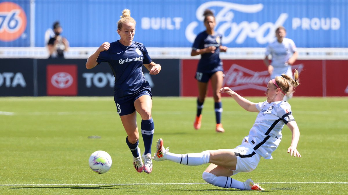 Averaging 572,000 viewers, Saturday's opening game of the NWSL Challenge Cup featuring the North Carolina Courage and the Portland Thorns was the most-watched match in NWSL history.    That is 201% higher than the previous record. https://t.co/FOFmHThs8w