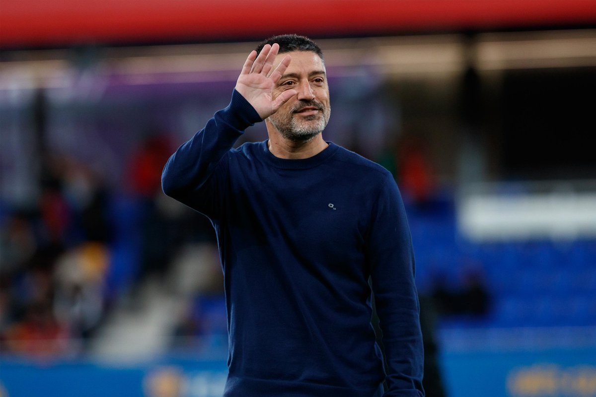 Official: Barcelona and García Pimienta have reached an agreement for the renewal of the contract of the Barça B coach, as well as his coaching staff, until June 30, 2021, which can be extended for another season. [fcb]
