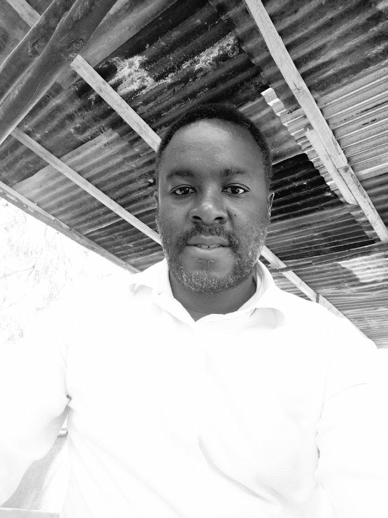 Yule Refalii aliechezesha wachezaji12 ndani ya Uwanja ndo huyo alietoa penart Nje ya 18 pic.twitter.com/Li5kUkg8lE