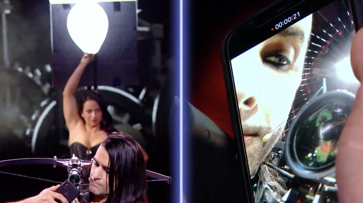 N'essayez pas ce selfie à la maison sauf si vous êtes influenceurs 😉 Bravo @benblaque On se voit à la finale  #LFAUIT https://t.co/JJh72umj7y