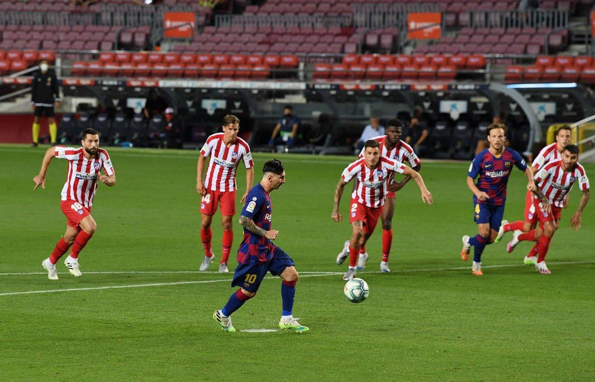 """برشلونة يخفق في تجاوز """"الأتليتي"""" و يعقد من مأموريته في المنافسة على اللقب"""