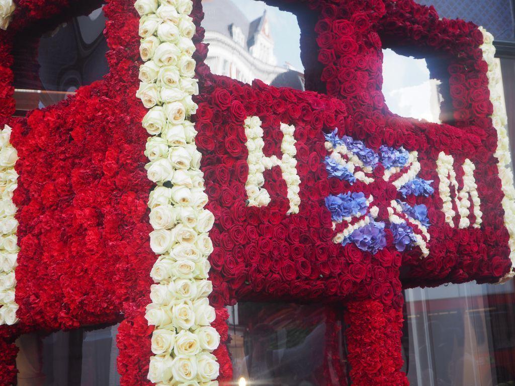 The #ChelseainBloom Summer of Love inspire by Harry & Meghan buff.ly/2LcR32o #RHSChelsea #chelseainbloom #chelsea #london #londonflowers #royalbaby