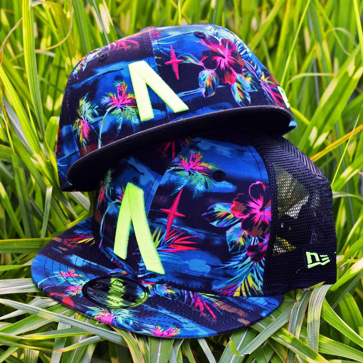 Tropical snapbacks are back - available in both lil' & big kids!  . Release Date: July 2nd, 2020  3:30pm EST | 3pm EST (VIP) . #NobleNorth #tropicalhat #floralhat #kidshats #kidssnapback #newera #neweracap #neweracanada #9fifty #9fiftysnapback #lidspic.twitter.com/zMR4Z0519F