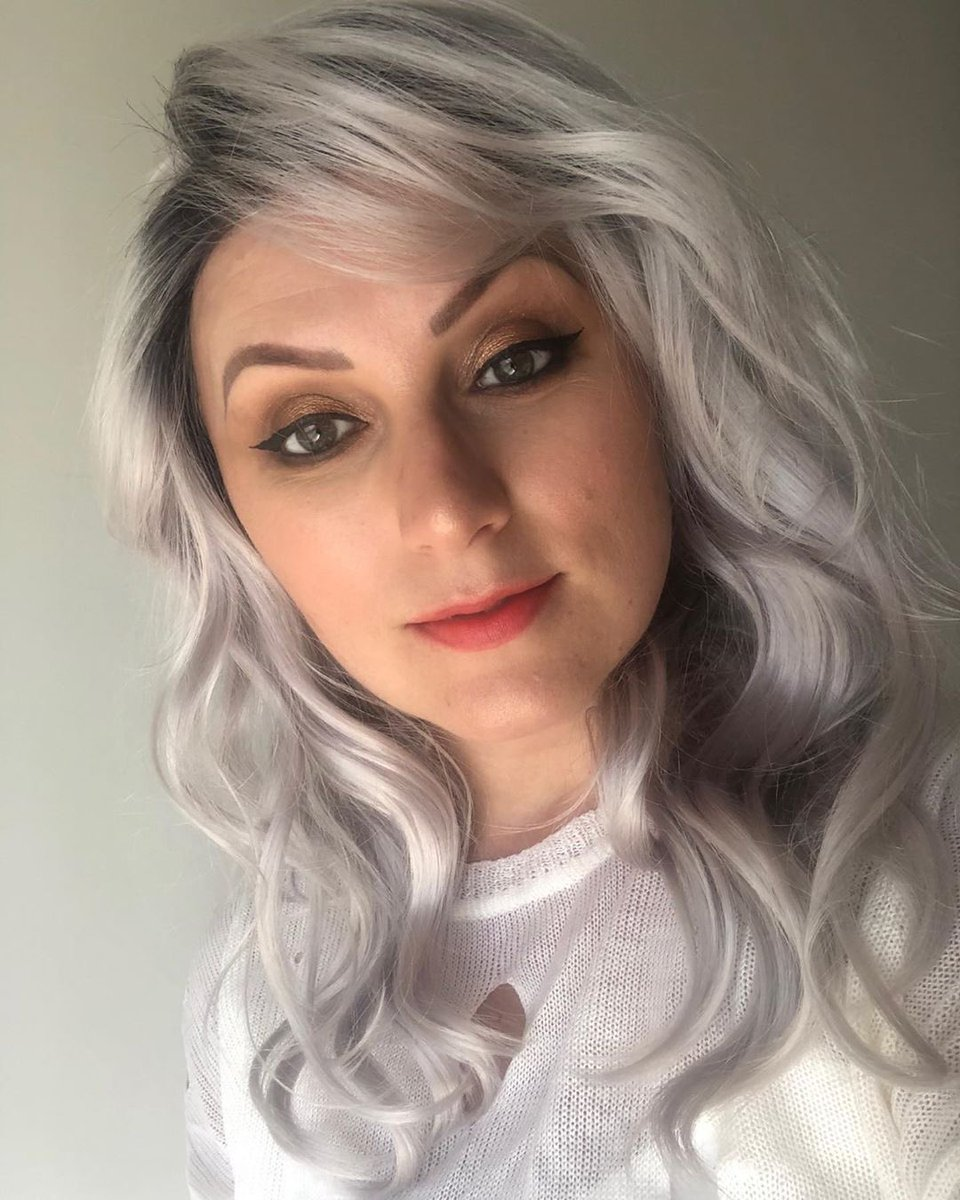 Another day, another stunning look by @kim_stam - this time wearing our Jaden #wig in Illumina-R from our Noriko Collection! #reneofparis #alopecia #alopeciawigs #fashionwig #cosplaywig #cancerwig #wigstyle #wiglook #medicalwig #chemowig #alternativehair #syntheticwigpic.twitter.com/d99QxOsNgX