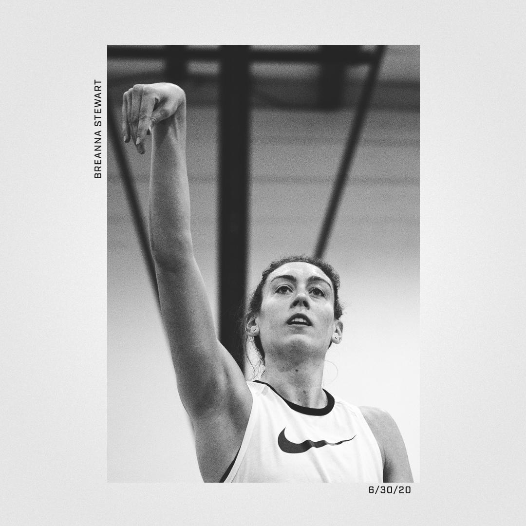 🏆 The MVP is back. 🏆 @breannastewart #StrongerThanEver