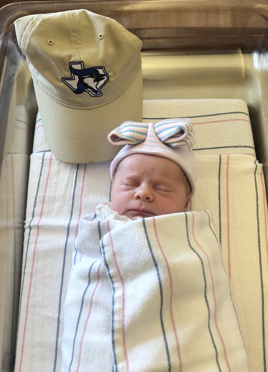 Holly and I would like to introduce the newest member of the Hoffer family. Our first child was born this morning at 9:55am. Laney Lynn Hoffer is 6lbs 5oz and 19.5 inches long. Baby and Surrogate/Aunt are doing great. Excited beyond words! #GirlDad pic.twitter.com/JiY2idNmJ9  by Travis Hoffer