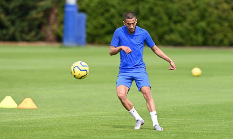 #Morocco winger #Ziyech delighted to join 'big blub' #Chelsea https://t.co/wy5GSvH9ET https://t.co/6brMZEoZm1
