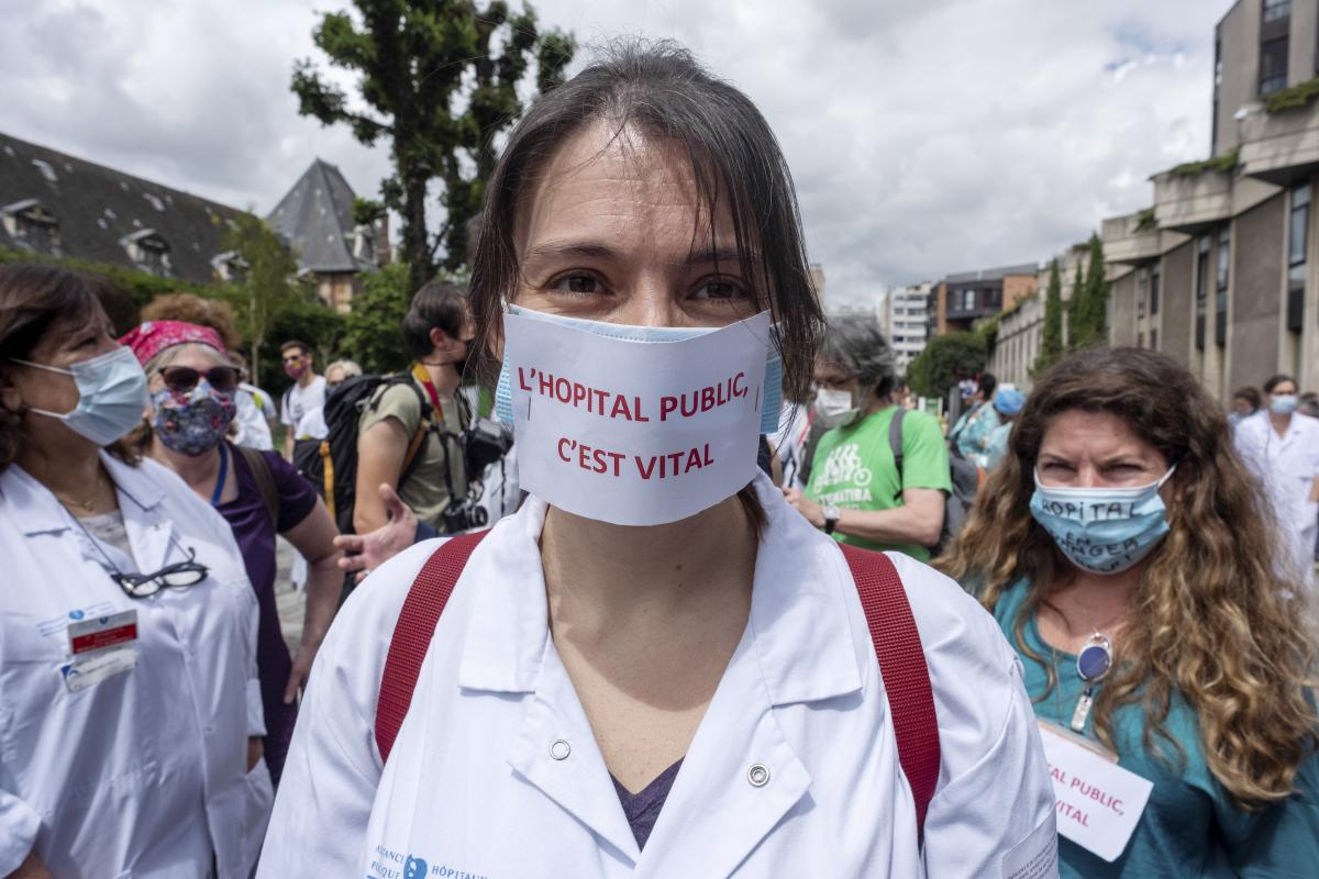 The Pandemic's Toll on #Women - Foreign Affairs Magazine http://twib.in/l/gG5qrbXz4kke #womensrights #love #womeninstempic.twitter.com/Zr0HyPePaD
