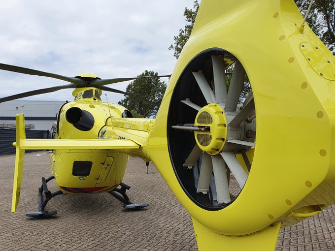 Traumahelikopter inzet in Monster Bedrijfsongeval .. https://t.co/FePn4bTe4g