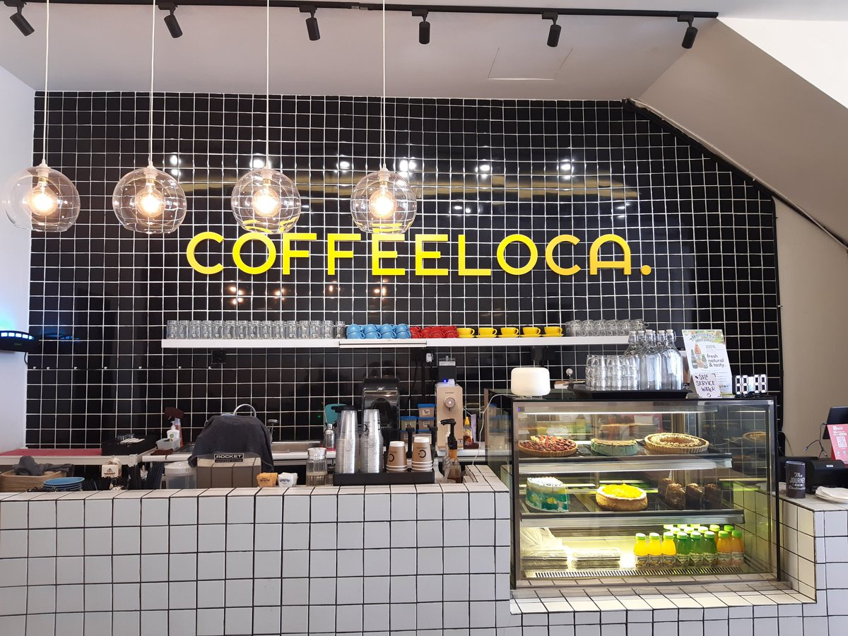 Hi everyone! For those yang duduk berdekatan Bandar Saujana Putra, serious I recommend you satu cafe baru buka ni. Coffeeloca sederet dengan tealive. Ada pelbagai jenis coffee, foods and dessert you can try  Affordable price and nice place to have a chit chat  <br>http://pic.twitter.com/hNj5vP9WpK – à Coffeeloca.