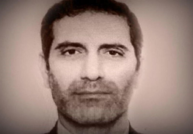 Assadollah Assadi's trial begins today in 🇧🇪 The 1st time a diplomat from Iran is tried in Europe This is not just the prosecution of 1 terrorist. It's the prosecution of the world's #1 state sponsor of terrorism #ExpelIranDiplomatTerrorists #FreeIran2020  https://t.co/NIuau7sicM https://t.co/RPYr25dsEB