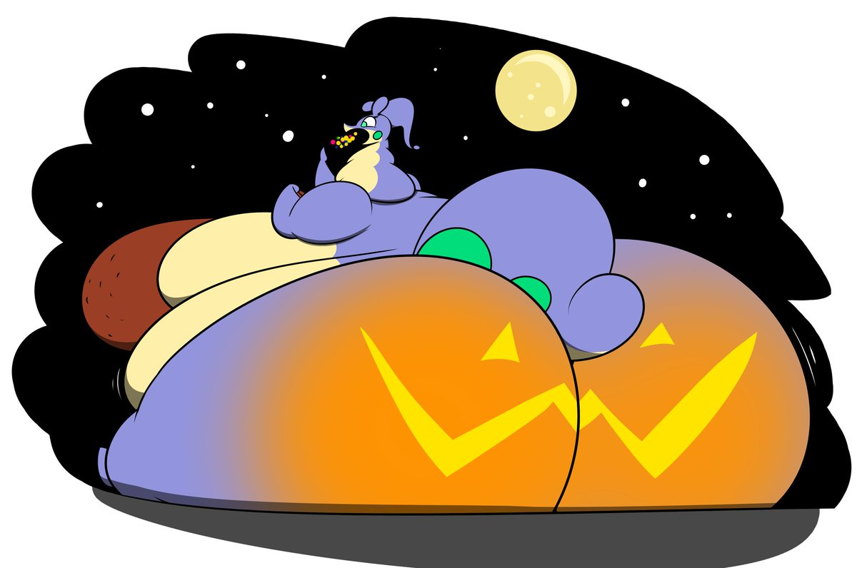 This is Alana from last Halloween. OwO <br>http://pic.twitter.com/DVBBq4cCFp