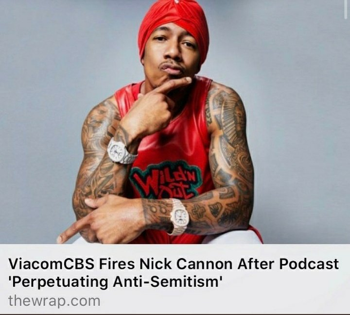 Not gonna get political, I know it's hard to believe wheb you see a Nick Cannon picture today.  I'm just wondering why TF he got a watch on both arms...are they synchronized? Set to different time zones?   So many questions.🤘😐🤘 #MMATwitter #StonerFam https://t.co/QKmn0gqp4o