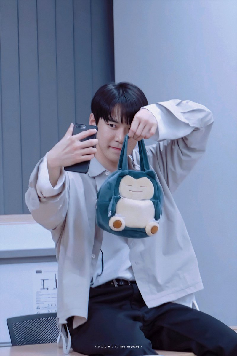 RT @cloudy96_: #DOYOUNG #도영 #NCT127 #NCT https://t.co/131Ti11U1b