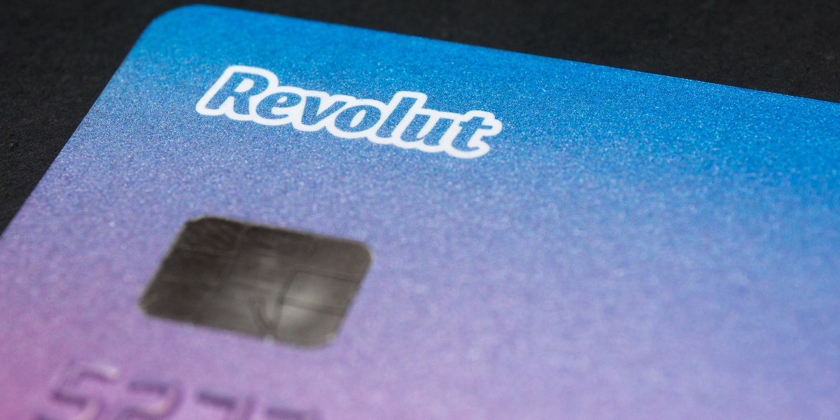 Revolut bank offers cryptocurrency through Paxos 'plug and play' service https://fortune.com/2020/07/15/revolut-bank-offers-cryptocurrency-through-paxos-plug-and-play-service/…pic.twitter.com/5FuTvvKuHO