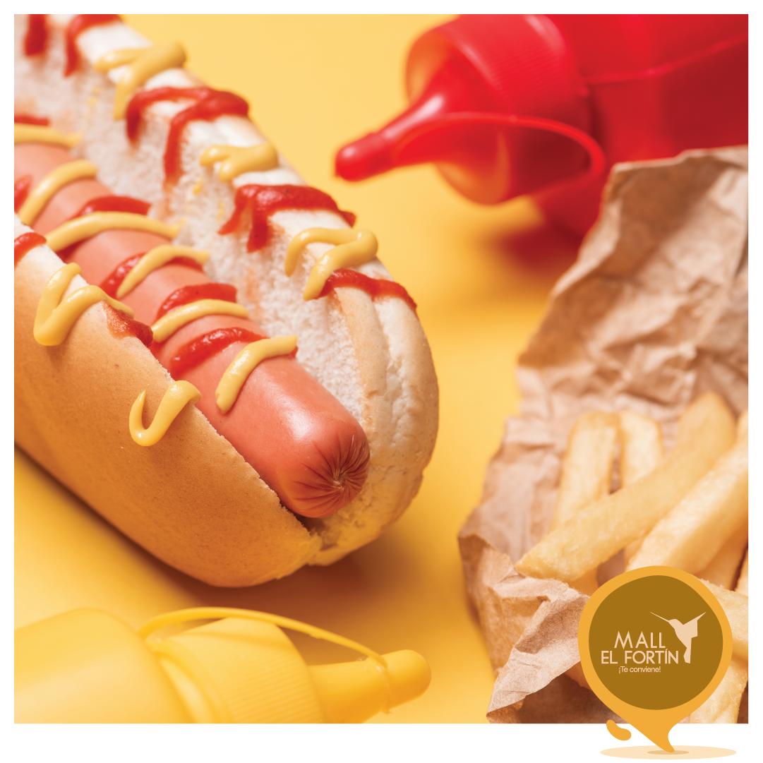 ¿Algo rápido para picar mientras nos visitas? 👀🌭🥤🤤   Disfruta ya de las delicias de Señor Hot Dog en nuestra planta baja. https://t.co/Znb50tvCja