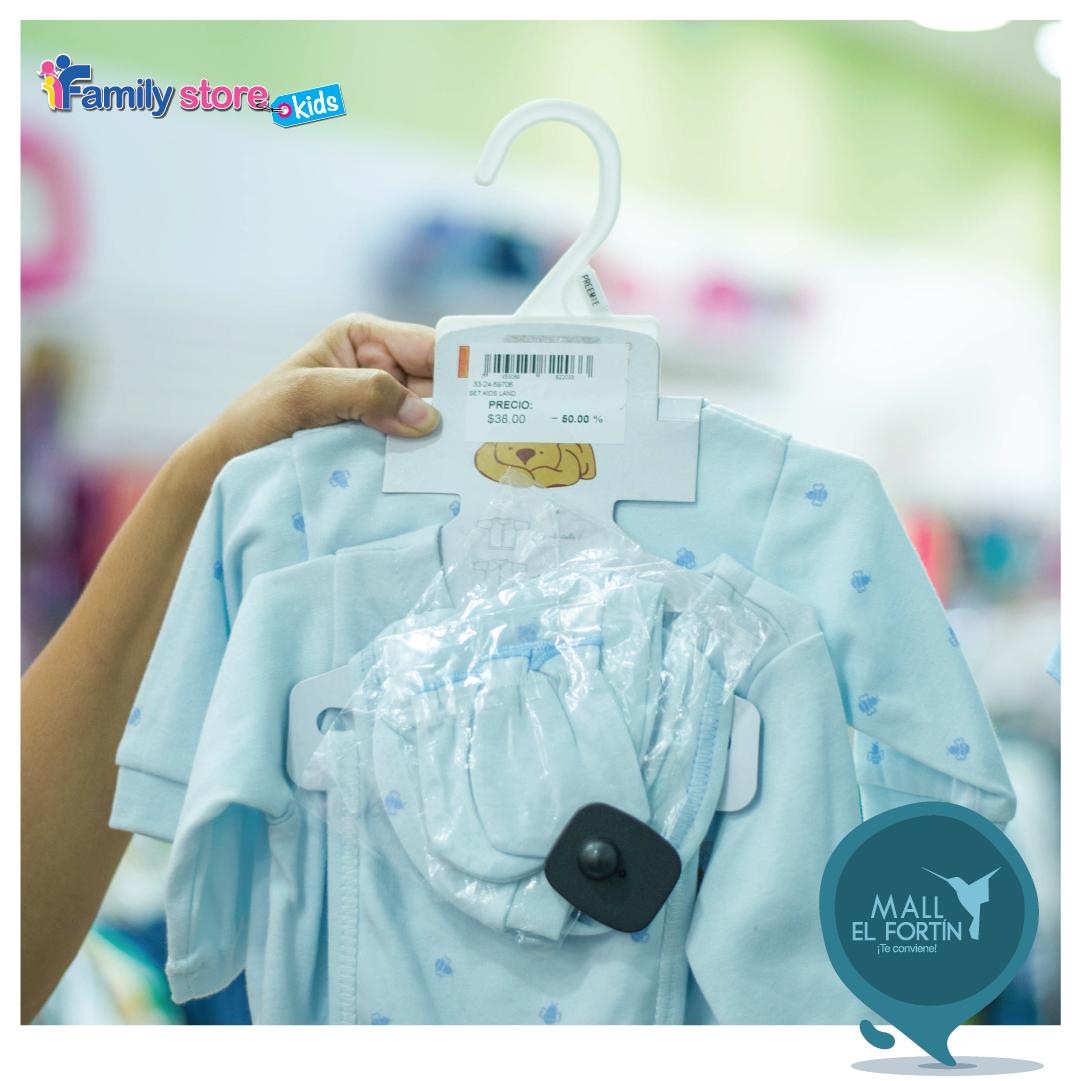 Las mejores prendas para los más pequeños de casa están en #FamilyStore. 👶👕 Te invitamos a visitarlos en nuestra planta alta. https://t.co/Eyt3RhpBjk