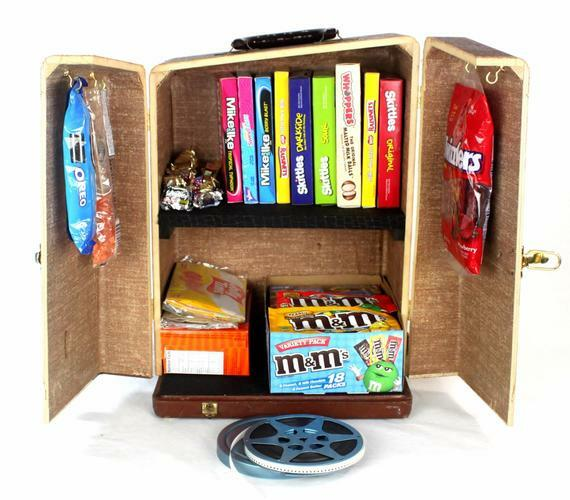 This attractive #Vintage Popcorn and #Candy Storage Cabinet keeps your popcorn and candy essentials in one convenient place. The compact size is ideal for the #HomeTheater - #1950 Projector Case July 13, 2020 at 01:30PM https://t.co/eNliNQTilG