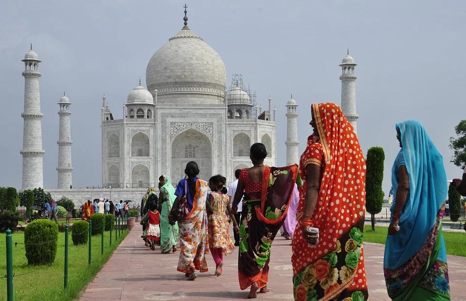 Глава корпорации Google Сундар Пичхай объявил о планах вложить 10 млрд долларов в Фонд Цифровизации Индии с целью упрочить цифровую экономику Индии. Подробнее: https://t.co/udQuSRtro0