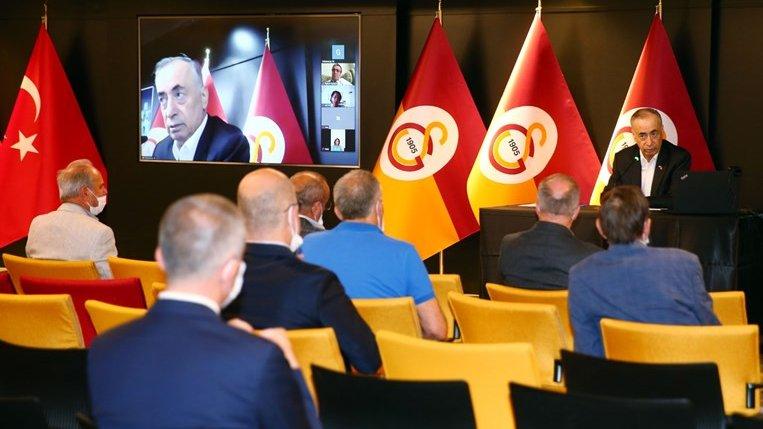 Galatasaray Kulübü'nde başkan Mustafa Cengiz başkanlığında denetim, sicil ve disiplin kurulu üyelerinin katıldığı bir toplantı gerçekleştirildi. https://t.co/bw2ODEGBtT
