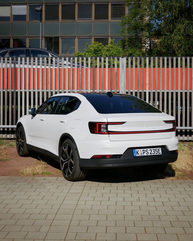 How do you like the rear of the all-new Polestar 2?  #ad #anzeige #polestar #polestar2 #polestarcars #polestarfamily #volvopolestar #volvo #volvolove #lovevolvo #welovevolvo #volvolife #volvoforlife #volvoforever #volvolovers #volvolovers #volvofans #volvofan #volvo_pics #vo… https://t.co/DhedHVQGdJ