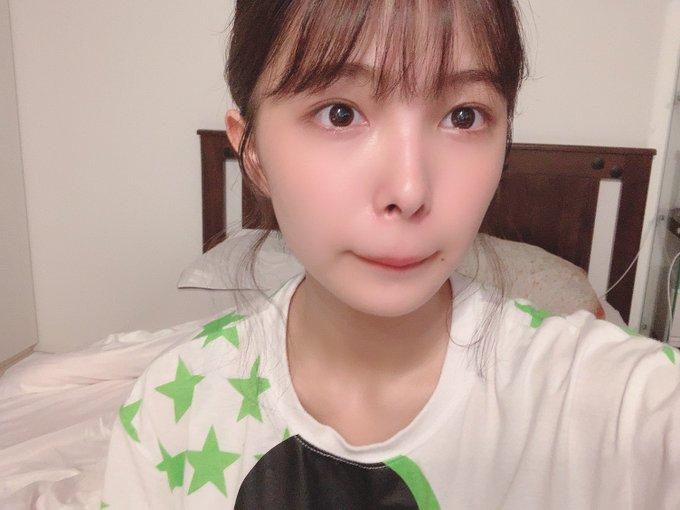 グラビアアイドル寺本莉緒のTwitter自撮りエロ画像39