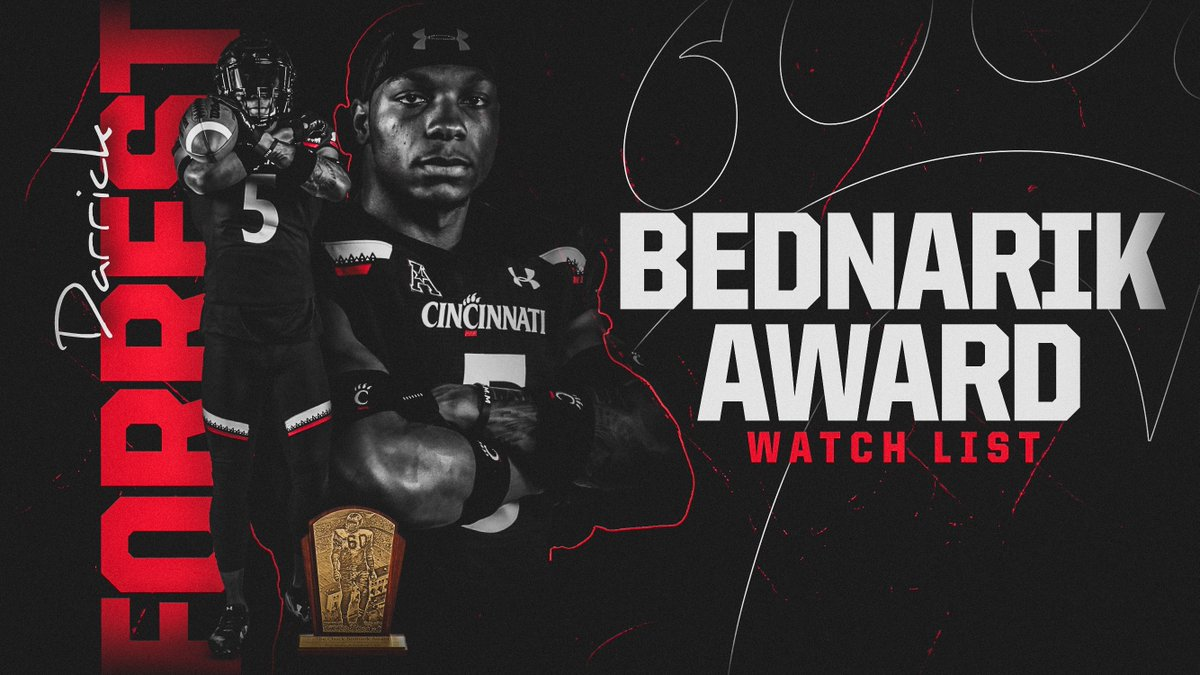 Senior safety @_Dfoe5 has been named to the Chuck Bednarik Award Watch List, presented annually to college football's most outstanding defensive player.  🔗: https://t.co/s8EyYhqbrj  #Bearcats   #BednarikAward https://t.co/yULAQ9TNMj
