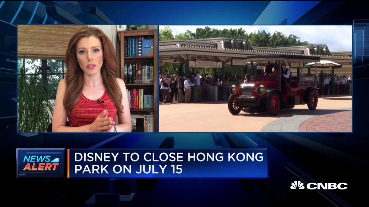 JUST IN: Disney will re-close its Hong Kong park on July 15. https://t.co/ahpX2bli4s https://t.co/LWrIdGbyAK