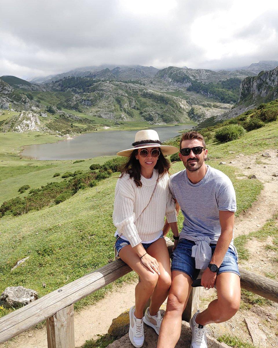💙💛🗻 #lagosdecovadonga #lagoercina #lagoenol #asturiasparaisonatural #veranoenasturias