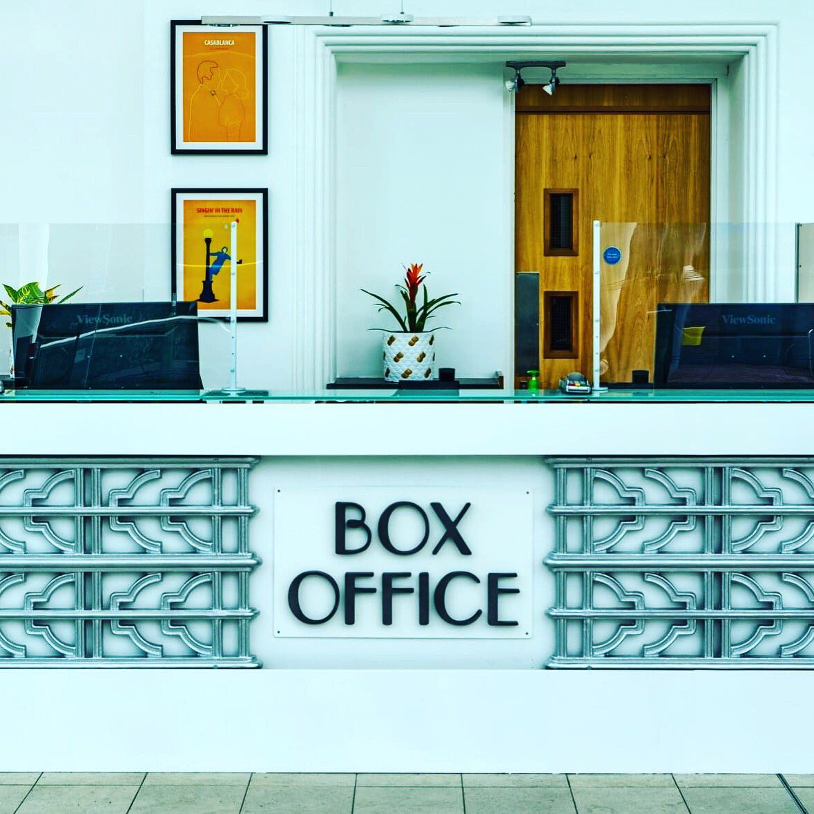 Our Box Office lines have now reopened.   Staff will be there to support your bookings from 12.15 - 8pm daily.   📞 01403 750220  #tickets #queries #questions #support #information #boxoffice #cinema #film https://t.co/ThhL4rVlbA