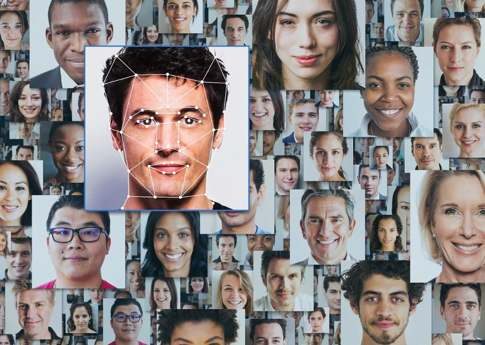 UK And Australia To Probe Clearview AI Facial Recognition   #AI #ArtificialIntelligence #MachineLearning #DeepLearning #aiforgood #AIEthics #Robot #DataScience #Algorithms #Innovation #DigitalTransformation #FacialRecognition  https://buff.ly/2ZVRU0apic.twitter.com/P5iNLce7dk