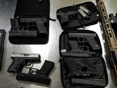 .@CBPCaribbean officers in #STThomas and #StCroix seized firearms, ammunition and bulletproof vests from passengers arriving from Miami and Charlotte.  Read More here: https://t.co/jWLXhWj2qq https://t.co/D0t1oUA5eU