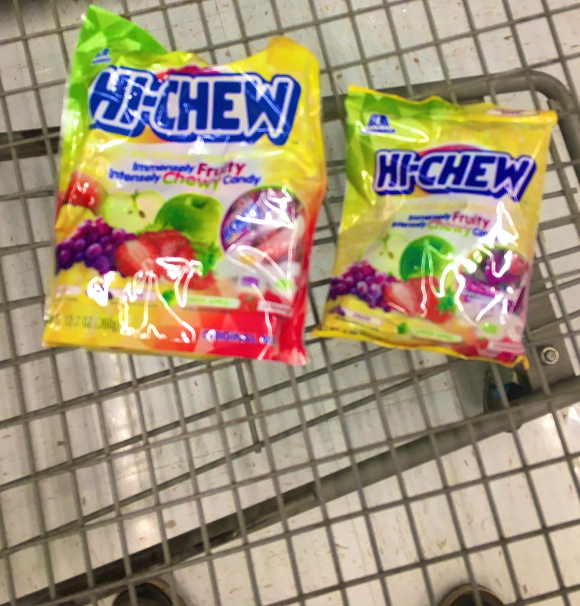 picked up some #candy for the #fam yesterday... those who know; #know. 😬😬😬                 💕Hi-CHEW💙 https://t.co/nbigva1hdl