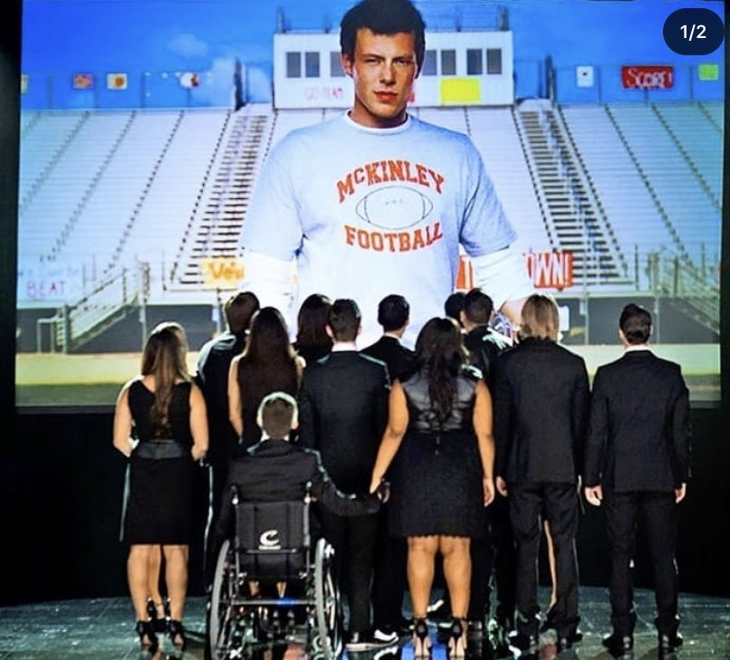 Rest In Peace Cory & Naya🙏🏻🤍 I grew up watching Glee & this honestly hurts so much. I can't imagine how her friends & family are coping with this. We lost a talented queen 💔 #NayaRivera #7yearswithoutcory #RIPNayaRivera https://t.co/R1lRHVSucV