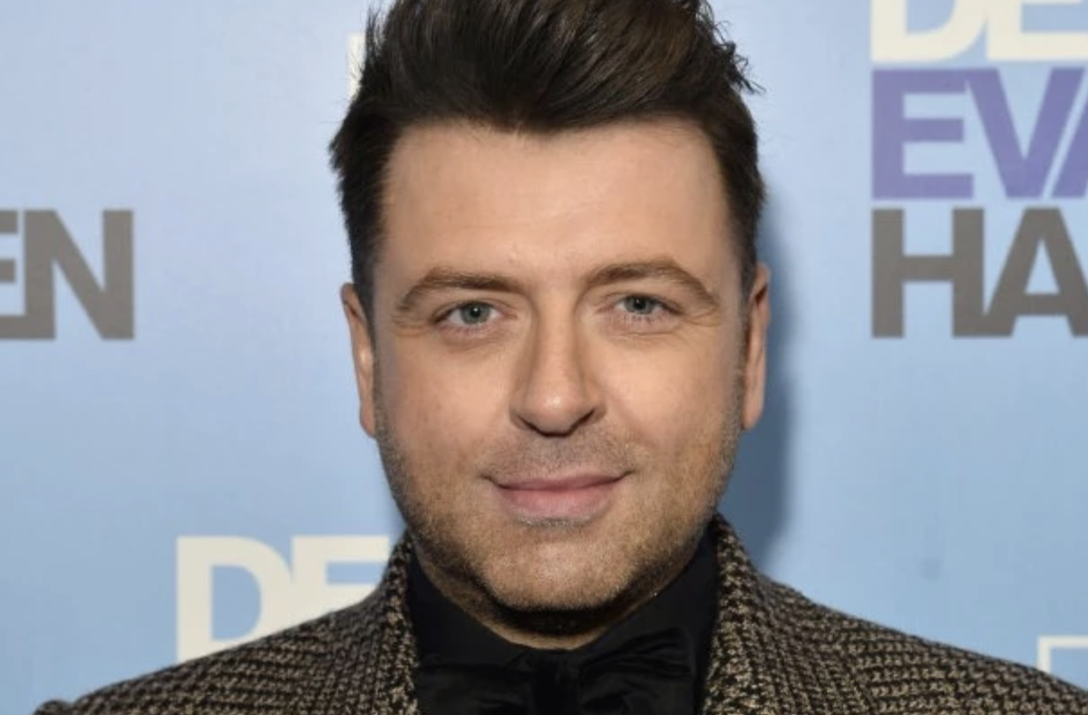 Westlifes Mark Feehily is in talks for #Strictly radiotimes.com/news/tv/2020-0…
