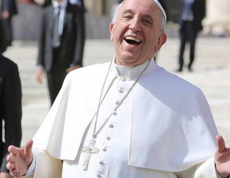 The Vatican!!  Tag the Pope!! pic.twitter.com/oTCvWRAxOv
