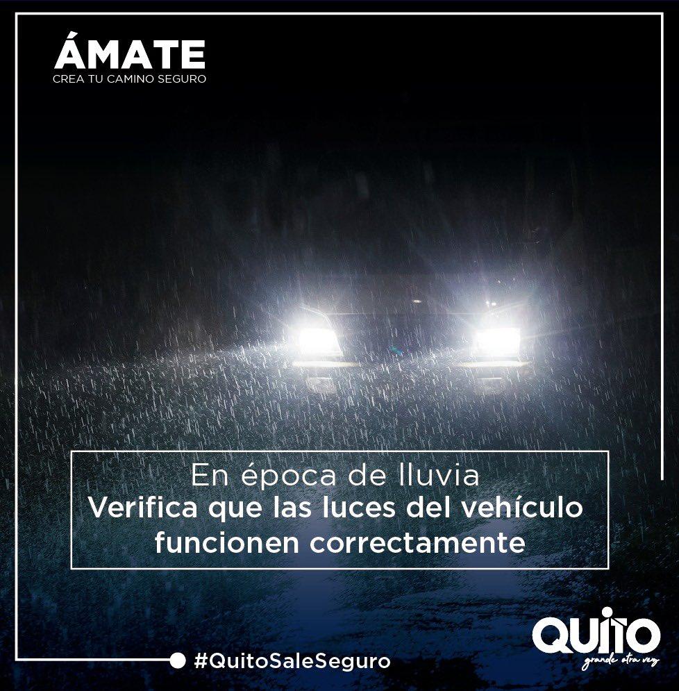 En épocas de lluvia, recuerda mantener las luces de tu vehículo en buen estado. ¡Sé precavido! #QuitoSaleSeguro #DisciplinaParaVolver https://t.co/HxM229gbM8