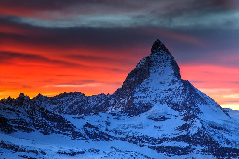 ... plus another first .. as an 11year old lad from Scotland becomes the youngest to climb the Matterhorn   https://t.co/lBpaSz24pp #lovethemountains 🇬🇧🏴